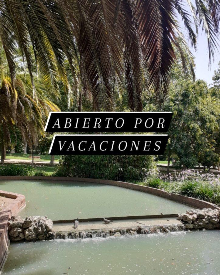 https://www.monicachacin.com/wp-content/uploads/2020/08/abierto-por-vacaciones-e1597085903452.jpg